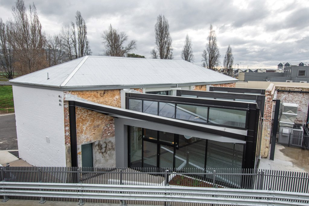 converting an existing building into a veterinary clinic